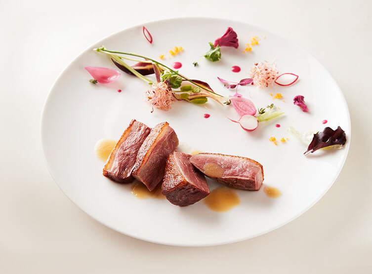 メイン肉料理